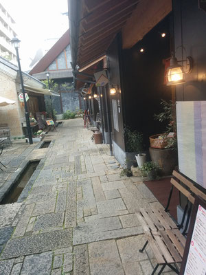 3 Cozy little cafés, restaurants and giftshops