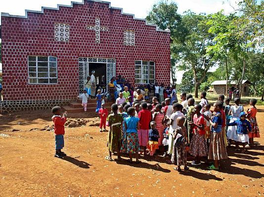 Mawanjeni Kirche (2)