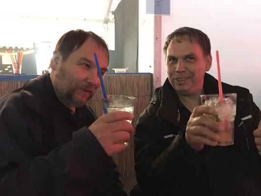Hmm, lecker Getränke im Polizei-Bistro