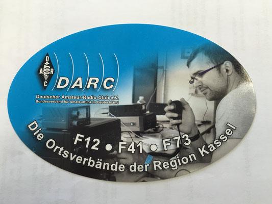 """Unsere """"Schüttware""""; also Info-Aufkleber"""