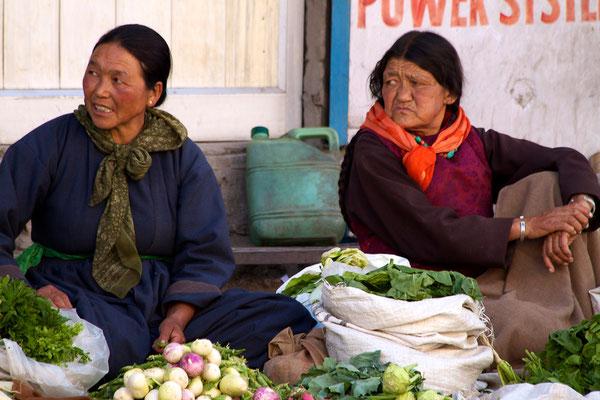 Marktfrauen in Leh