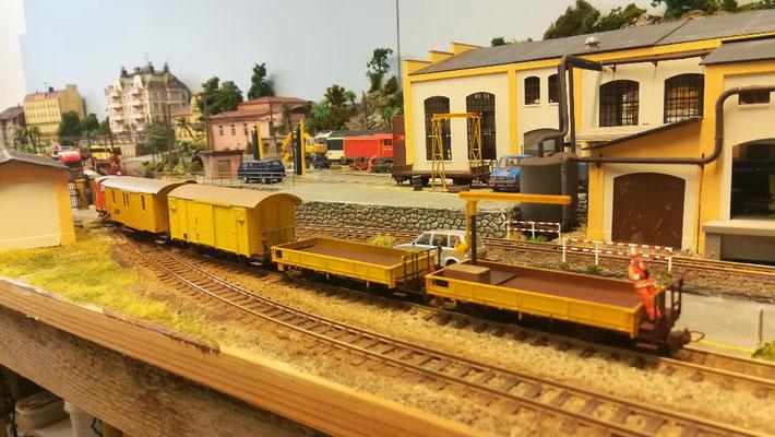 Im unteren Depotbereich ist der Bahndienst beheimatet.