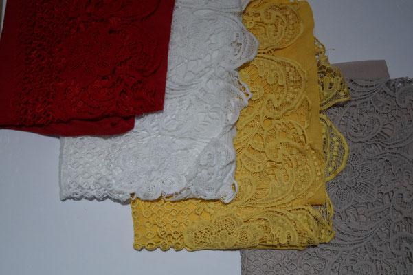 Rot(ist etwas heller) -Weiß-Senf-Taupe