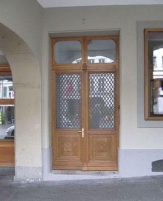 Die Eingangstüre Goldener Adler