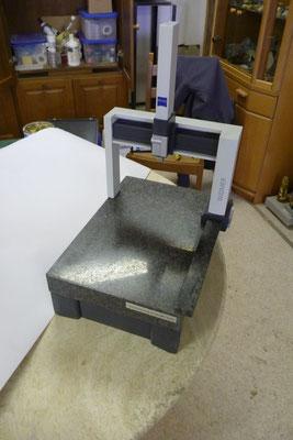 Modell einer Zeiss Präzisionsmessmaschine: Nero Impala, Leichtmetall, Holz.
