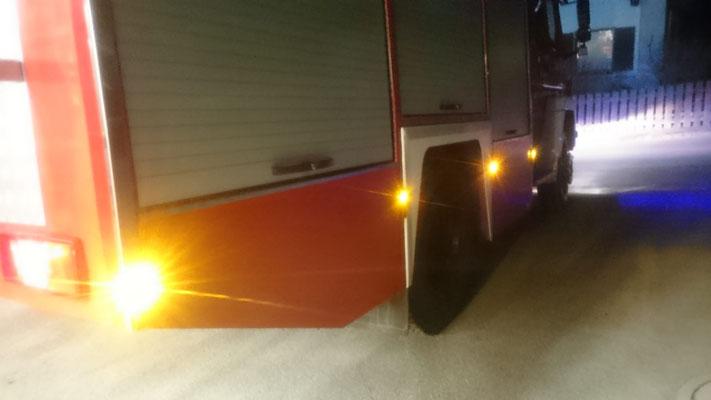 auch in die Sicherheit wurde investiert: Lichtreflektoren rund ums Fahrzeug