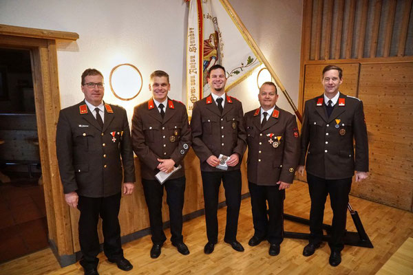 v.l.: KDT Martin Tanzer, Dominik Wendler, Harald Berger, KDTSTV Joschi Fritz und BGM Hansjörg Peer