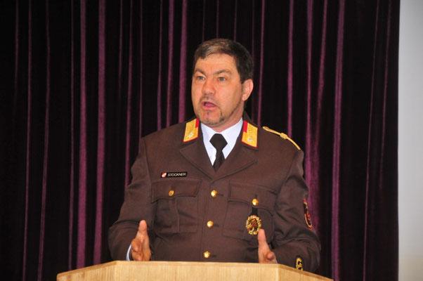 Abschnittsfeuerwehrkommandant ABI Ing. Walter Stockner