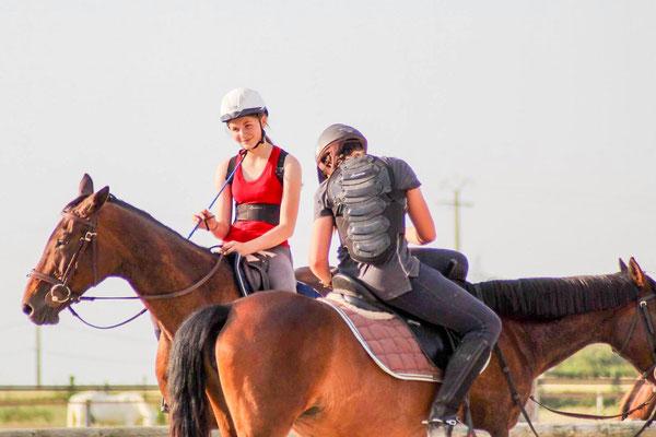 Cours d'équitation dans une bonne ambiance à l'Ecurie les Rouillons