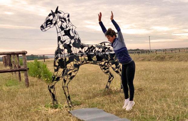 Fanny Lelièvre, cavalière professionnelle et sportive accomplie à l'Ecurie les Rouillons