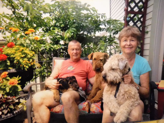 Tom, Ann & dogs; Cracker, Katie & Meira
