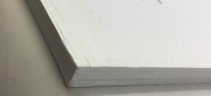 Päckli; Glas, PP und Rückenkarton staubdicht abgeklebt