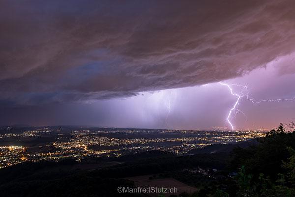 Blitze über Basel