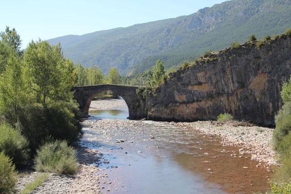 Am Rio Aragon.