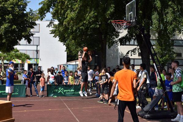 Kooperation 2019: Steffen Hamann nimmt am 3er-Shootout teil