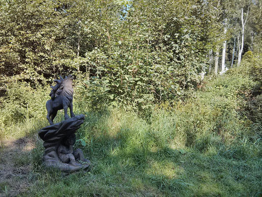 im Jagdschloss-Wald