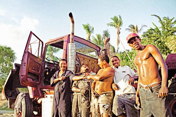 Camioneros en Güiria