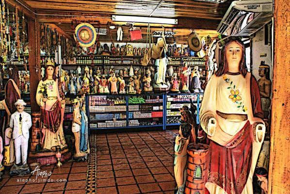 Tienda de santos. Cumaná, Venezuela