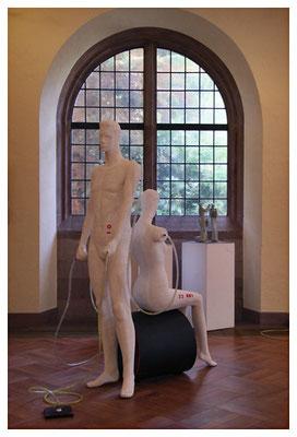 mitglieder der kunstbevölkerung in der karlskirche zweibrücken, foto: peter köcher