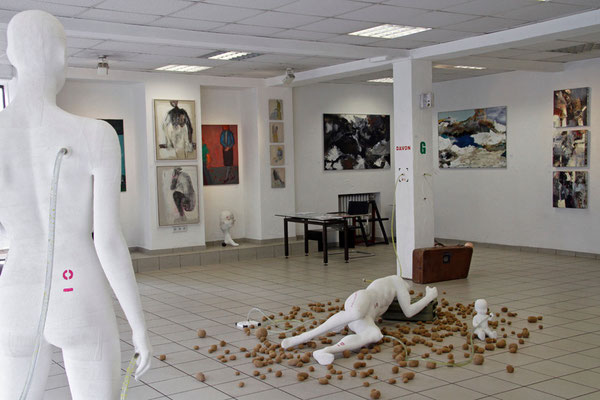 ausstellungsimpression produzentengalerie KÖCHER