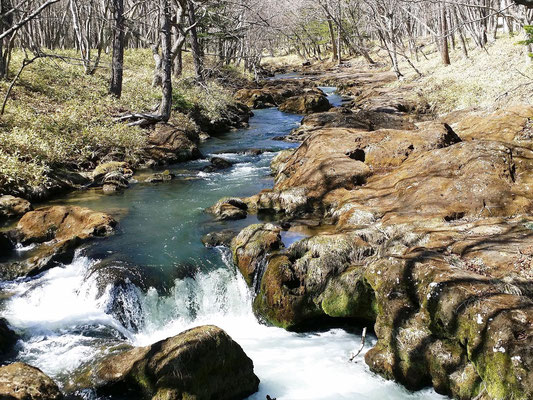 竜頭の滝の上流部(戦場ヶ原から中禅寺湖への流れる湯川)
