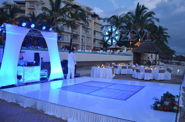 pista de baile en vallarta www.zevievents.com