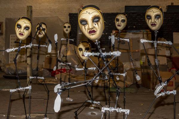 Les Pierrots une installation de Julien Friedler