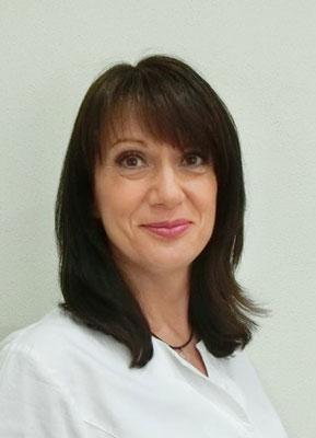 Kosmetikerin Annette Deubner
