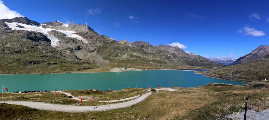 Lago Bianco und Lej Nair (rechts) auf der Bernina
