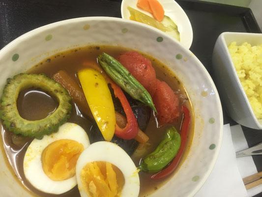 夏野菜のスープカレーランチ