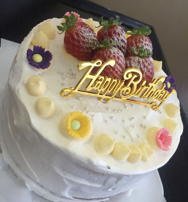 バースデーケーキ:ミセスのバースデー❤