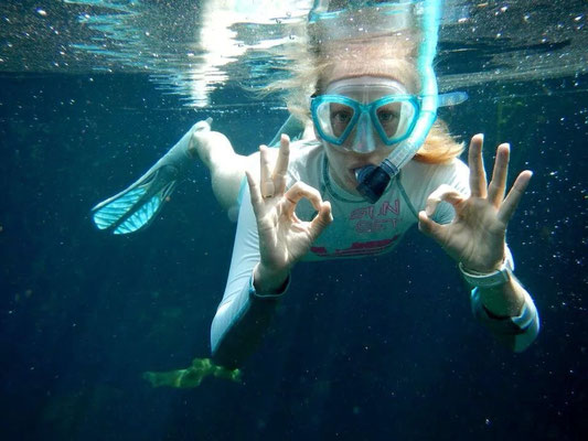 Clear waters to observe the colorful marine-life.