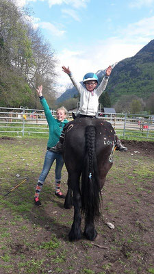 "voltige en stage ""poney fun"""
