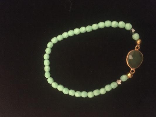 Armband mit Halbedelstein, Gummizug