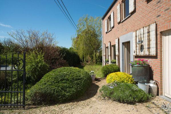 La Maison du Vivier, gîte 6 personnes à Durbuy - Façade et jardin clôturé