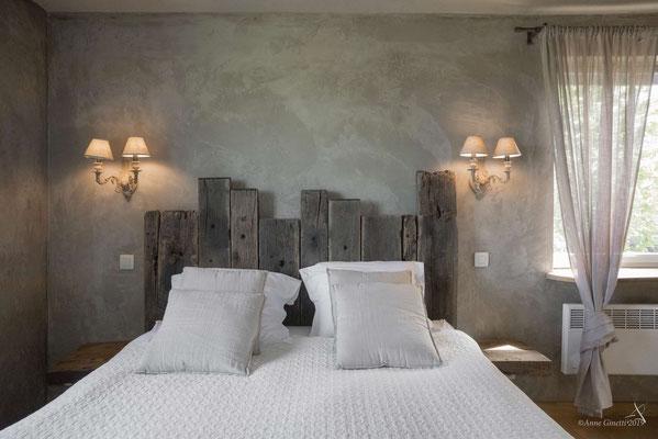 La Maison du Vivier, gîte 6 personnes à Durbuy - Chambre 1 avec lit de 2 personnes