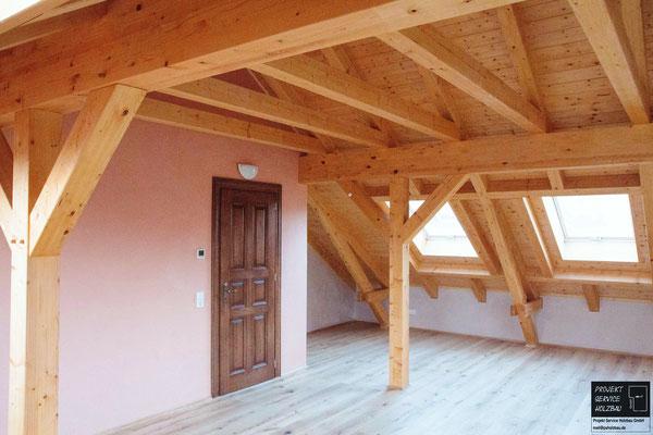 Sicht- Dachtragwerk mit Aufsparrendämmung