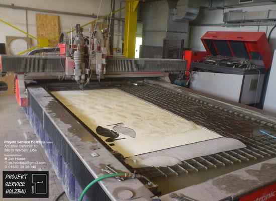 Wasserstrahlschneiden von Plattenwerkstoffen