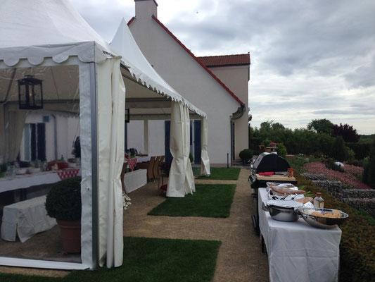Zeltvermietung Marwitz Pagodenzelt mit durchsichtigen Seitenwänden zum Grillfest Pagodenzelte 5x5m Festzelt Zeltverleih Oberhavel Partyzelt mieten Zeltpagode 3x3m Pavillon