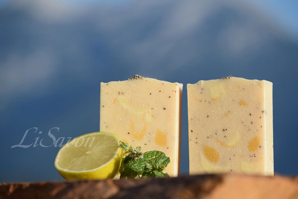 Naturseife Peelingseife mit Limettenduft