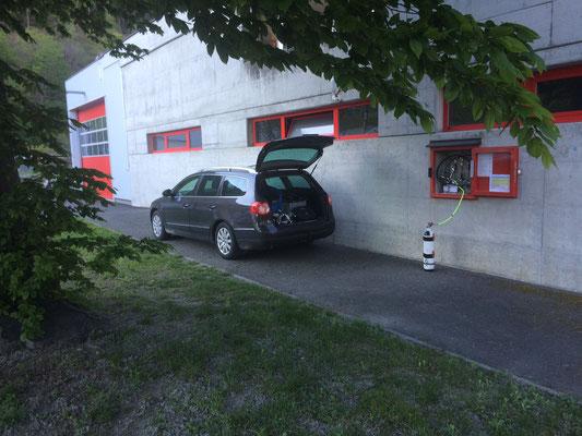Une voiture se glisse facilement...