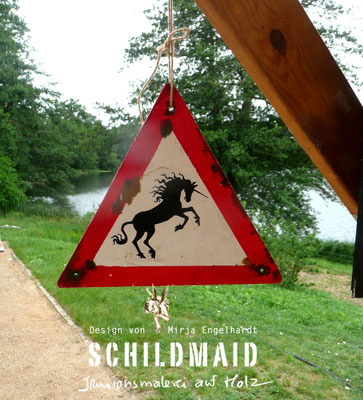 Schildmaid - Illusionsmalerei auf Holz/ Mural painting on wood