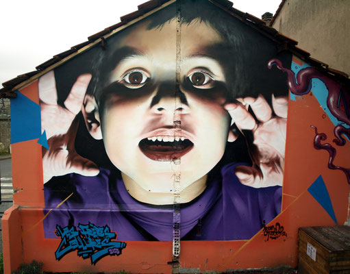 Tears for fears - JEAN ROOBLE - Spraypaint on wall (6 x 4 m) - Bordeaux, 2013 (courtesy of R. Roe)