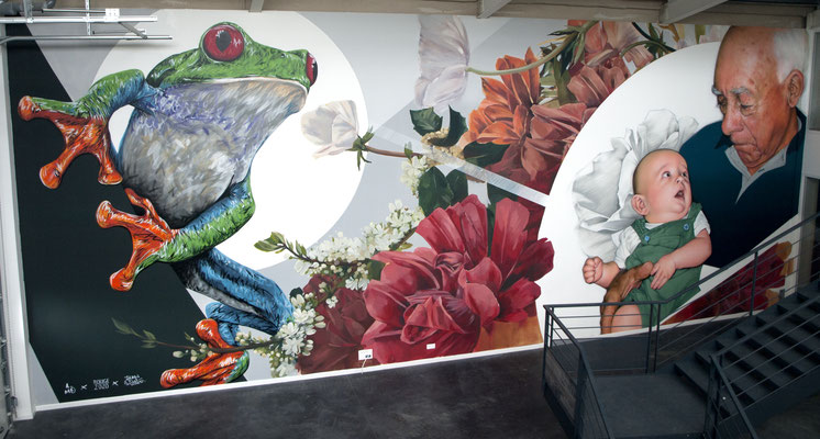 GRANDPA'S HANDS - Jean Rooble feat. A-Mo & Rouge - Spraypaint and acrylic on wall - 6 x 12 m - Treefrog Therapeutics - Pessac (2020)