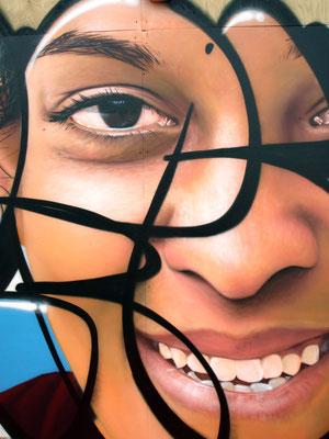 LFC Face (detail) - JEAN ROOBLE - Spraypaint on wood (3 x 5 m) - for Institut Culturel Bernard Magrez & Bordeaux Fête le Vin - Bordeaux, 2018