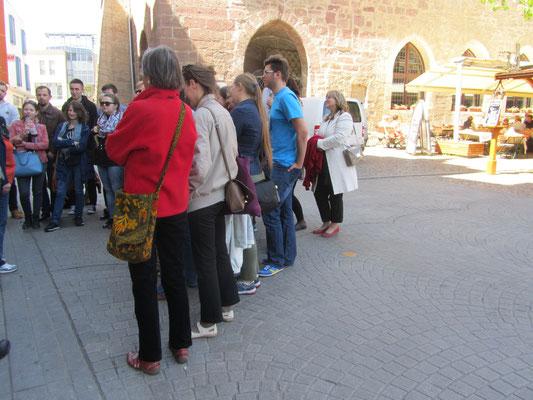 ...vor dem Rathaus