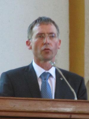 Herr Superintendent Neuß hält die Ansprache zum Gedenken an den 70. Jahrestag des Endes des 2. Weltkrieges