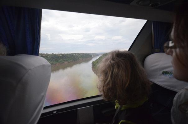 Drei-Ländereck: Argentinien - Brasilien und am Horizont Paraguay