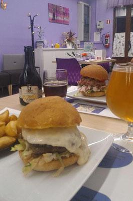 hamburger con formaggio dop e birra
