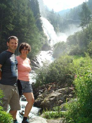 Heidi & Peter beim Wasserfall